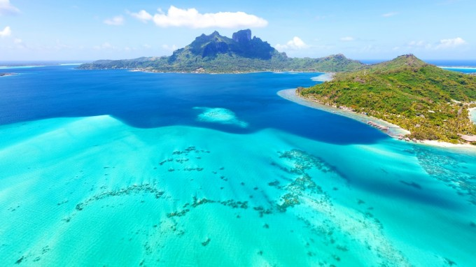 ocean_bleu_ciel_et_bleu_marin